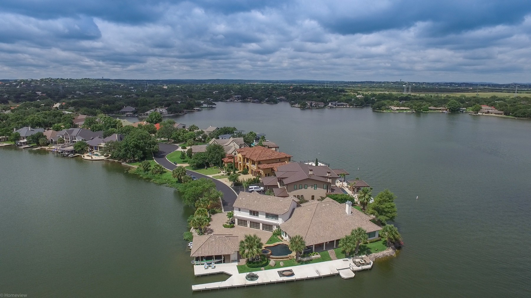 Additional photo for property listing at The Best of Horseshoe Bay 1022 Red Sails Horseshoe Bay, Texas 78657 Estados Unidos