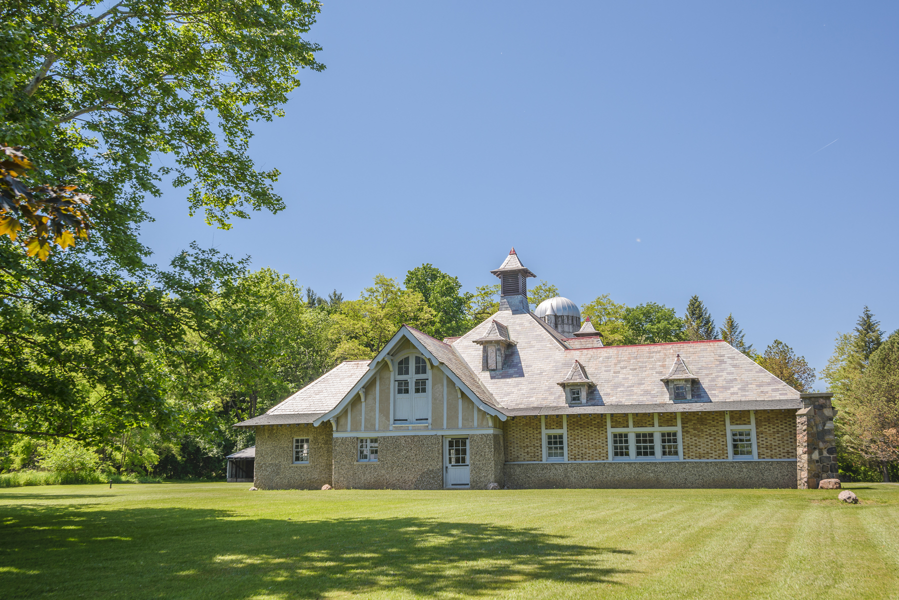 Additional photo for property listing at Historic Country Estate 566  Snell Rd Geneva, New York 14456 United States