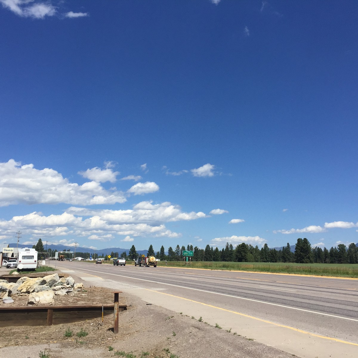 Additional photo for property listing at 2664 Us Highway 2 E, Kalispell, MT 59901 2664  Us Highway 2   E Kalispell, Montana 59901 United States