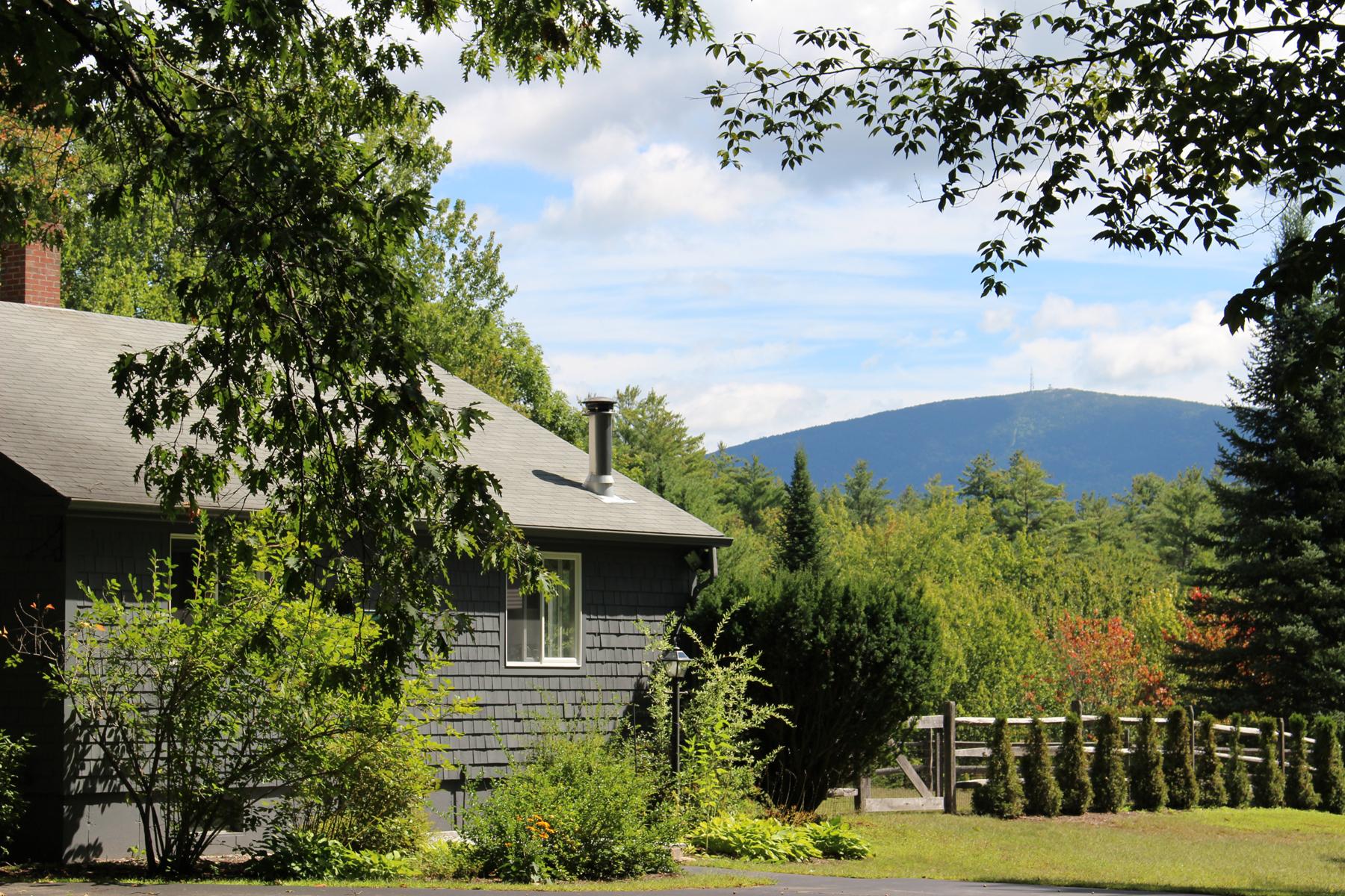 Casa Unifamiliar por un Venta en 46 Mountain Road, New London 46 Mountain Rd New London, Nueva Hampshire 03257 Estados Unidos