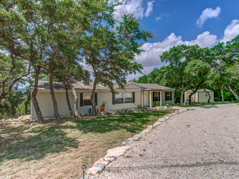 Single Family Home for Sale at Lovely Home in Oakland Estates 817 Angels Hill Spring Branch, Texas 78070 United States