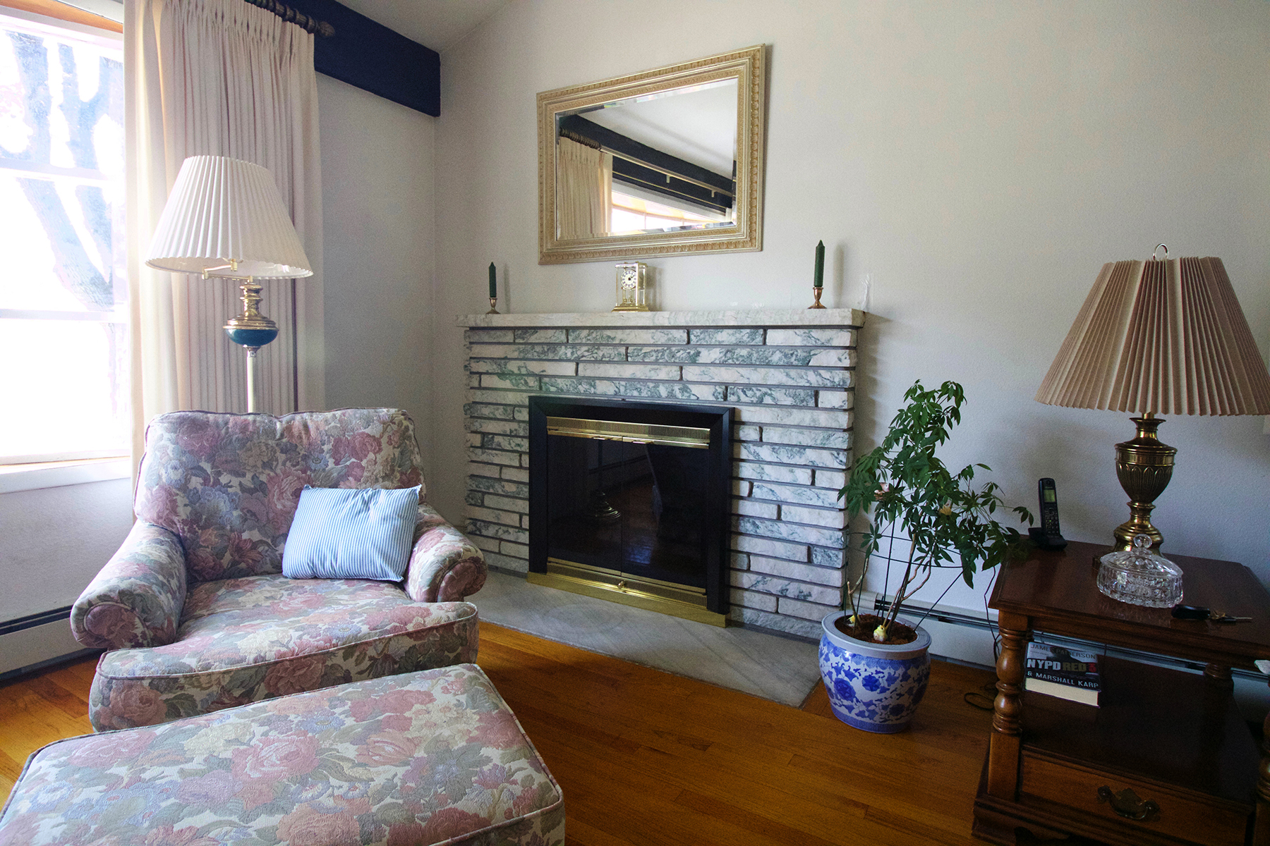 Additional photo for property listing at Gorgeous Split Level Ranch 9  Leland St South Glens Falls, New York 12803 États-Unis