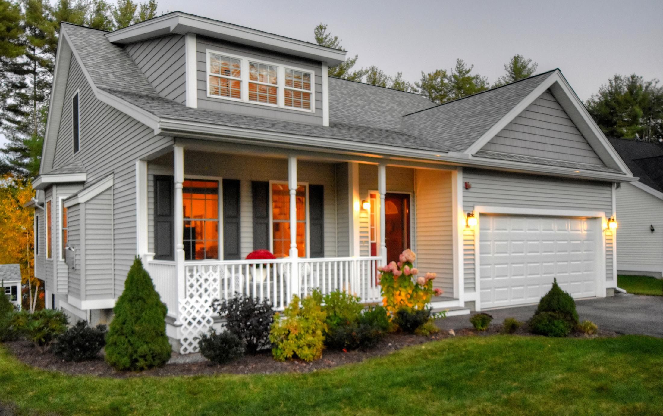 Maison unifamiliale pour l Vente à 36 Port Way, Laconia Laconia, New Hampshire, 03246 États-Unis