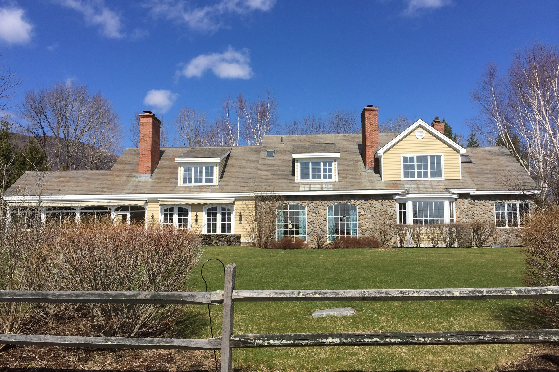 Single Family Home for Sale at Overlooking Manchester & Mountains 641 Wind Hill Rd Manchester, Vermont, 05255 United States