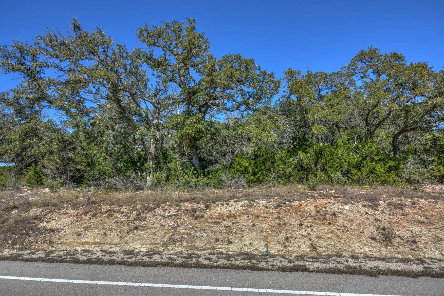 Terreno por un Venta en Exceptional, Elevated Lot Across From the Lake 2046 San Jose Way Canyon Lake, Texas 78133 Estados Unidos