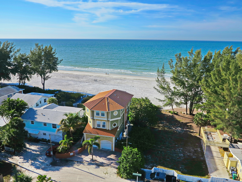 Casa para uma família para Venda às ANNA MARIA ISLAND 206 Spring Ln Anna Maria, Florida 34216 Estados Unidos