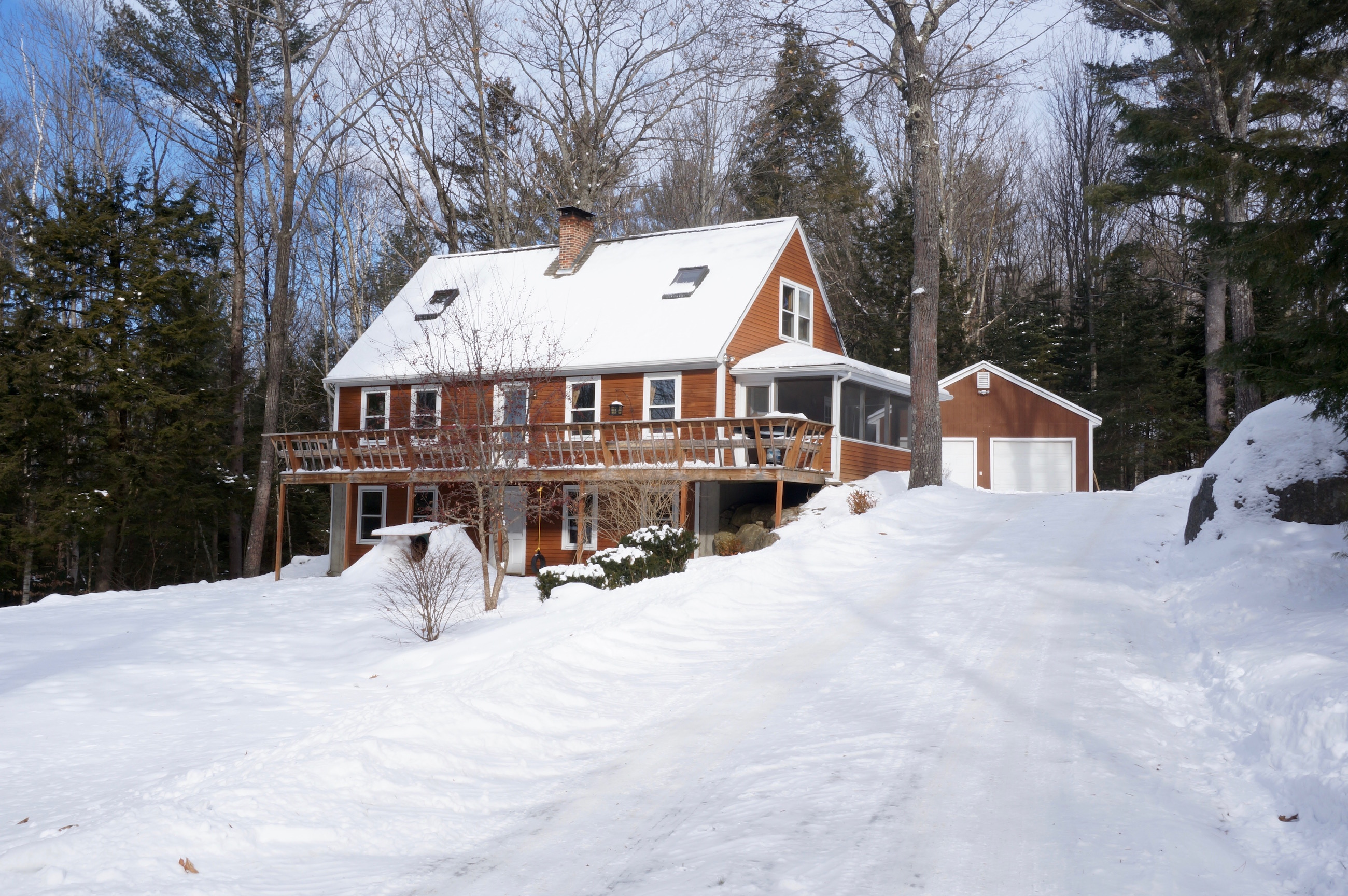 Single Family Home for Sale at 21 Searle Hill Rd, Danbury Danbury, New Hampshire 03230 United States
