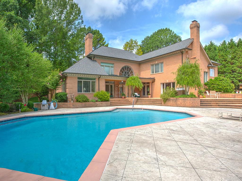 Nhà ở một gia đình vì Bán tại SEVEN EAGLES 9100 Winged Bourne Rd Charlotte, Bắc Carolina 28210 Hoa Kỳ