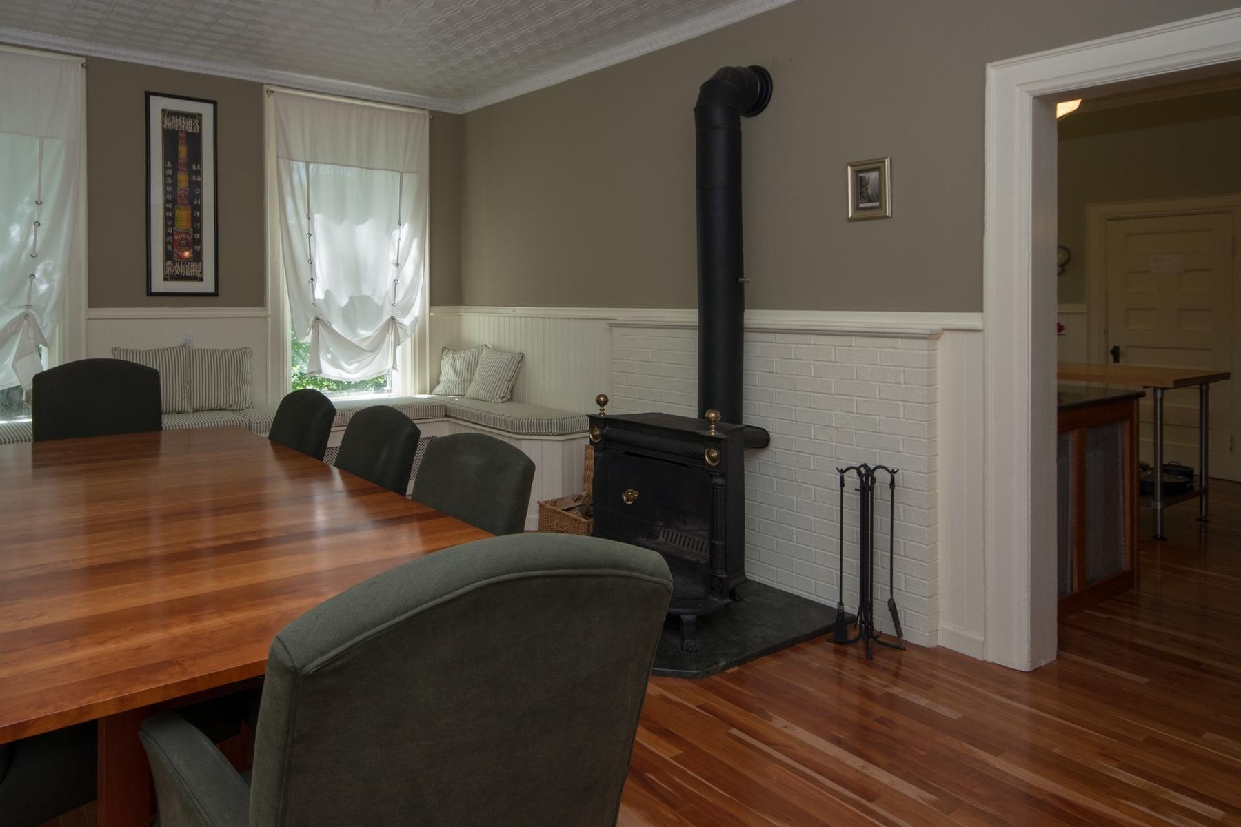 Additional photo for property listing at Franklin Manor 8  Franklin Av 萨拉纳克莱克湖, 纽约州 12983 美国