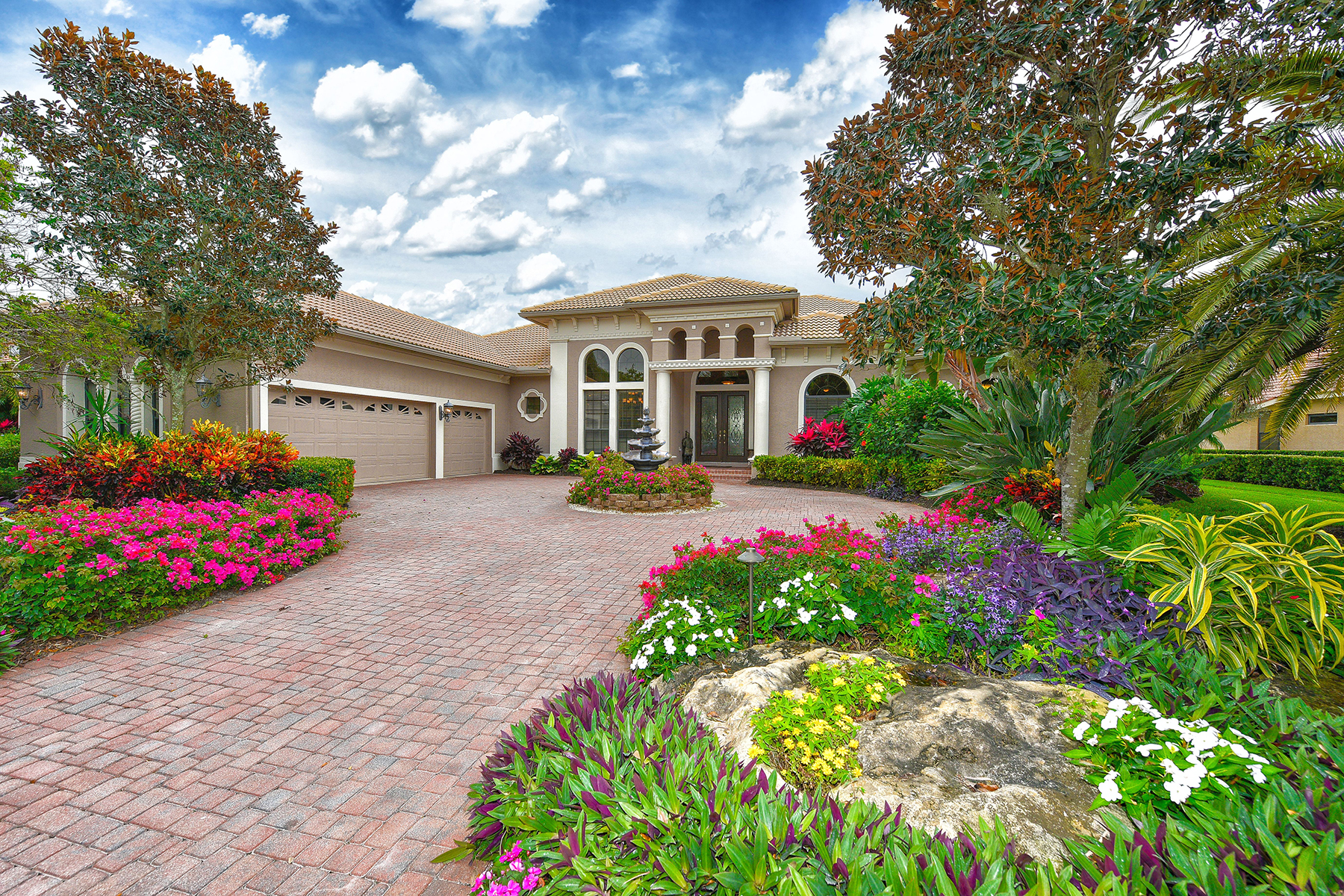 Single Family Home for Sale at SILVER OAK 5312 Hunt Club Way Sarasota, Florida, 34238 United States
