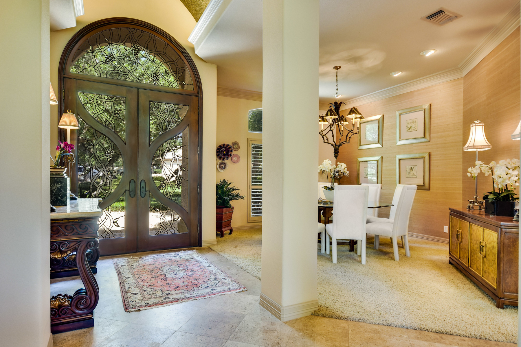 Additional photo for property listing at Custom One-Story Home in Shavano Park 310 Harvard Oak San Antonio, Texas 78230 United States