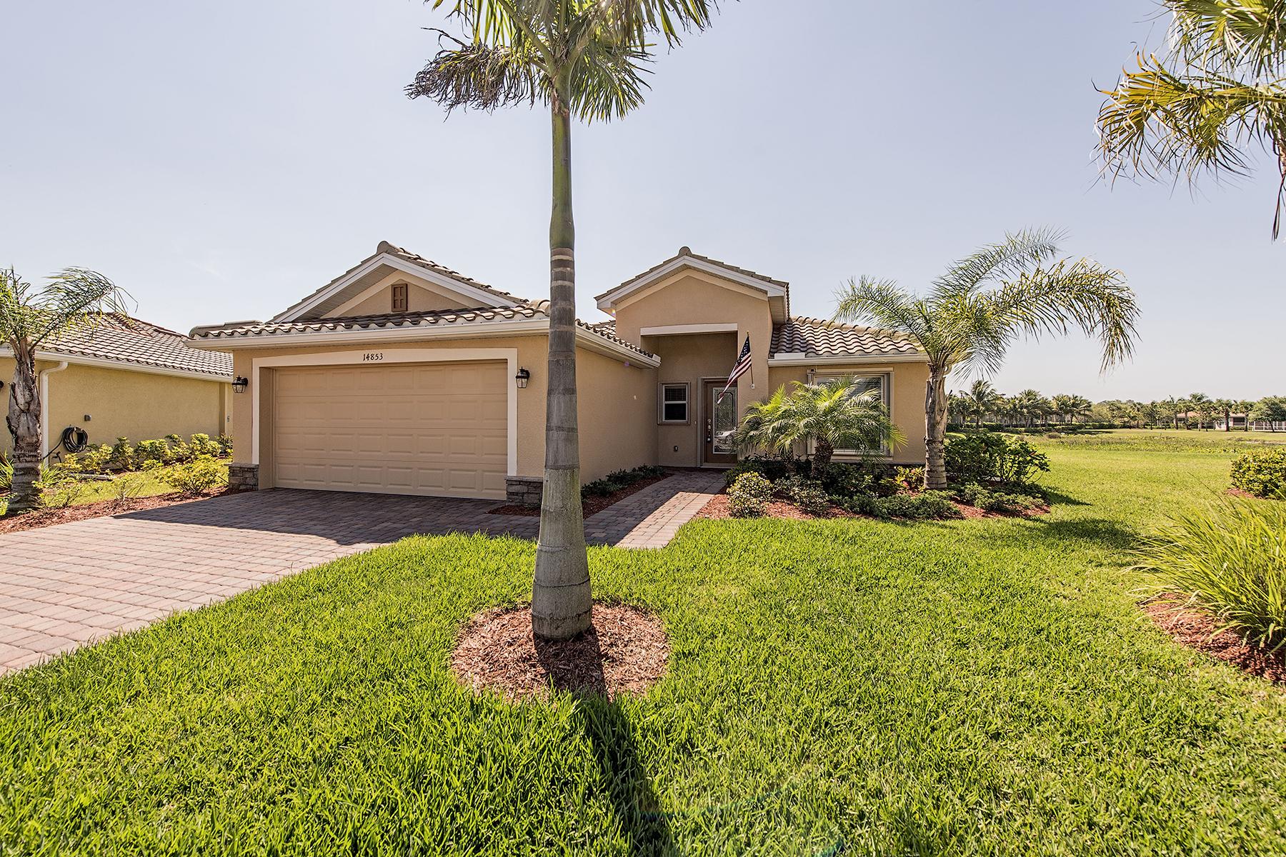 Vivienda unifamiliar por un Venta en NAPLES - REFLECTION LAKES 14853 Canton Ct Naples, Florida 34114 Estados Unidos