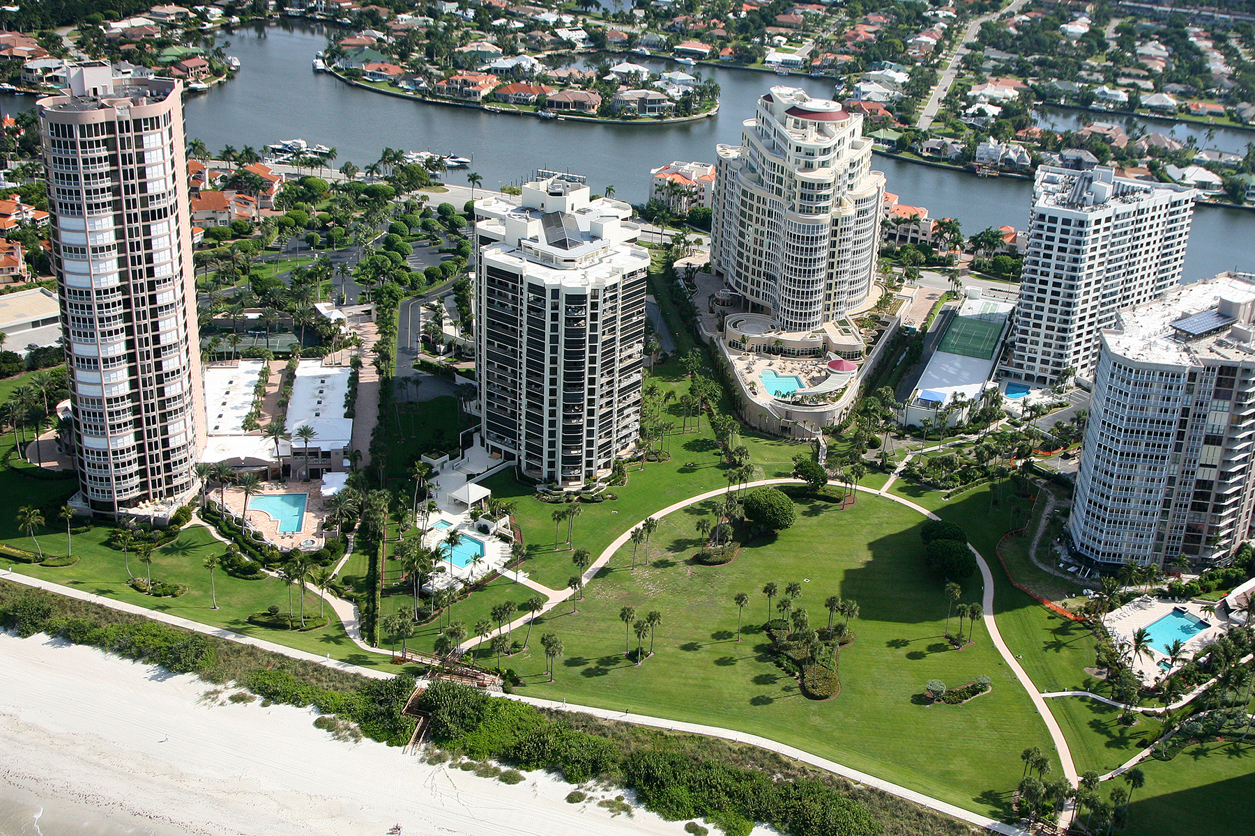Condominium for Sale at PARK SHORE - MONACO BEACH CLUB 4401 Gulf Shore Blvd N 505 Naples, Florida 34103 United States