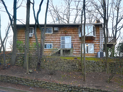 Single Family Home for Sale at Hi Ranch 65 Carpenter Ave Sea Cliff, New York 11579 United States