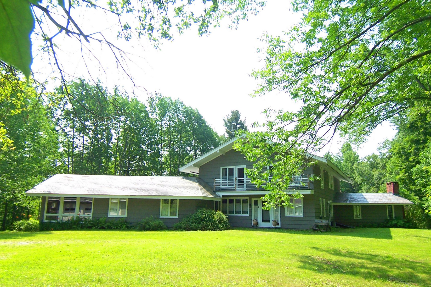 Single Family Home for Sale at 536 Main, Peru Peru, Vermont, 05152 United States
