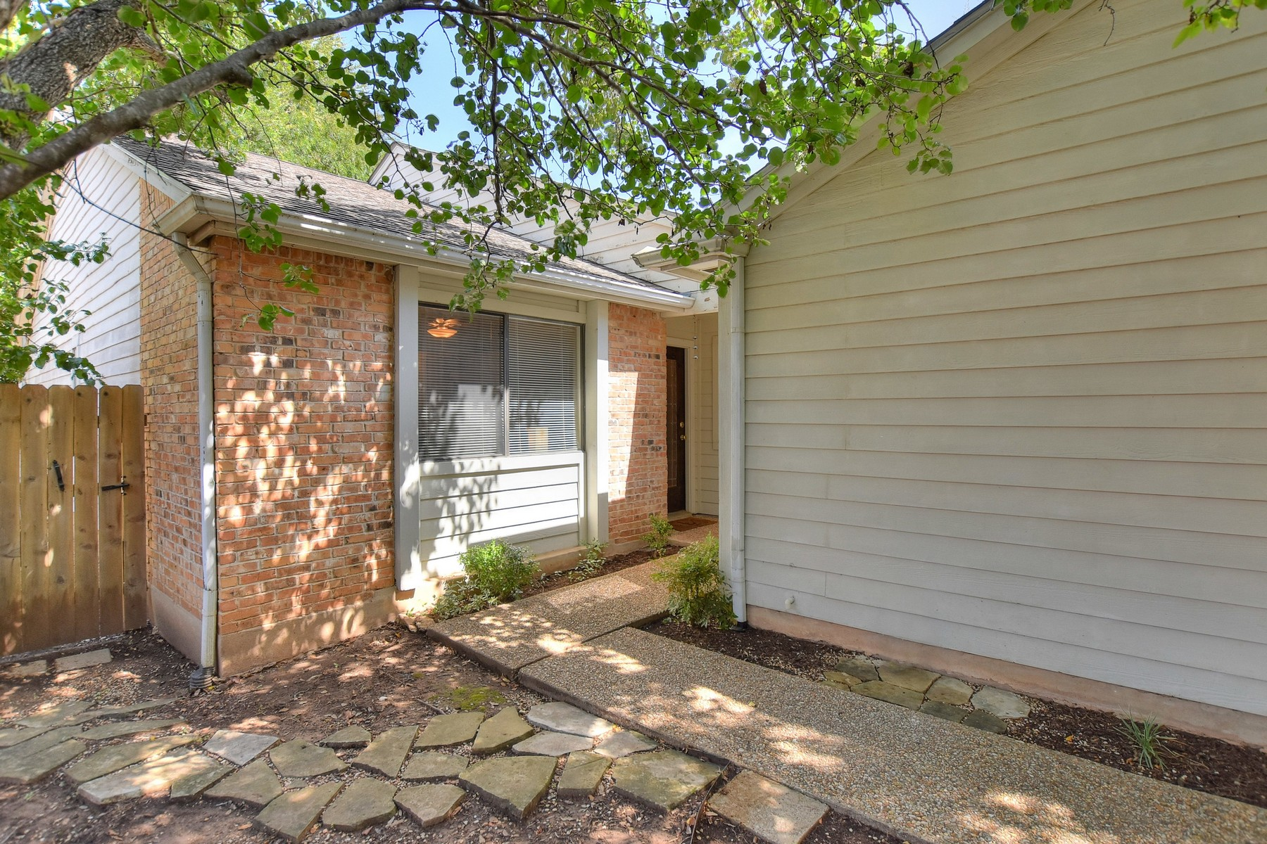 Townhouse for Sale at Great Entry Price for Spicewood Forest! 8108 Baywood Dr A Austin, Texas 78759 United States