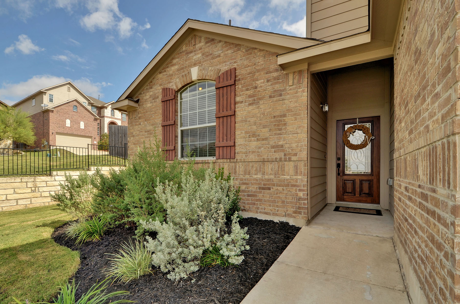Additional photo for property listing at Pottery Barn Style 1345 Red Stag Pl Round Rock, Texas 78665 Estados Unidos