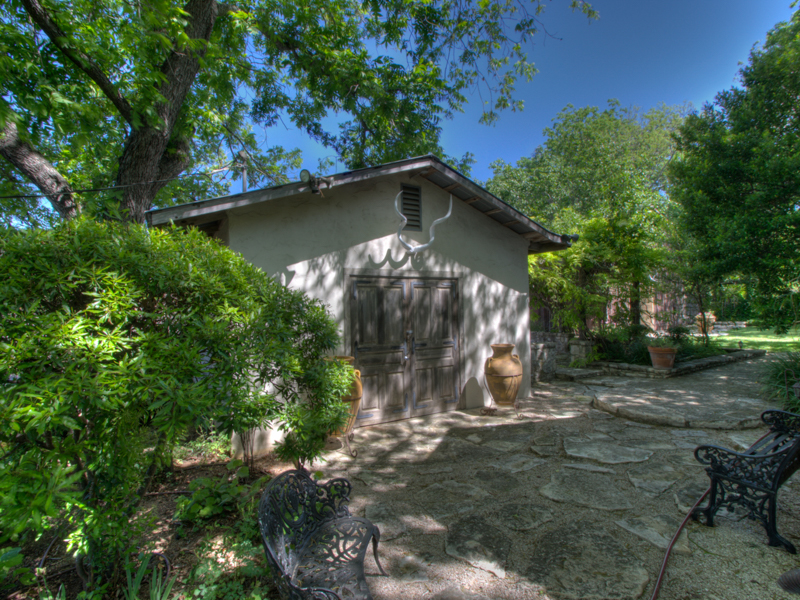 Additional photo for property listing at Half-Acre Setting with Five Distinctive Structures 602 W Main St Fredericksburg, Texas 78624 United States