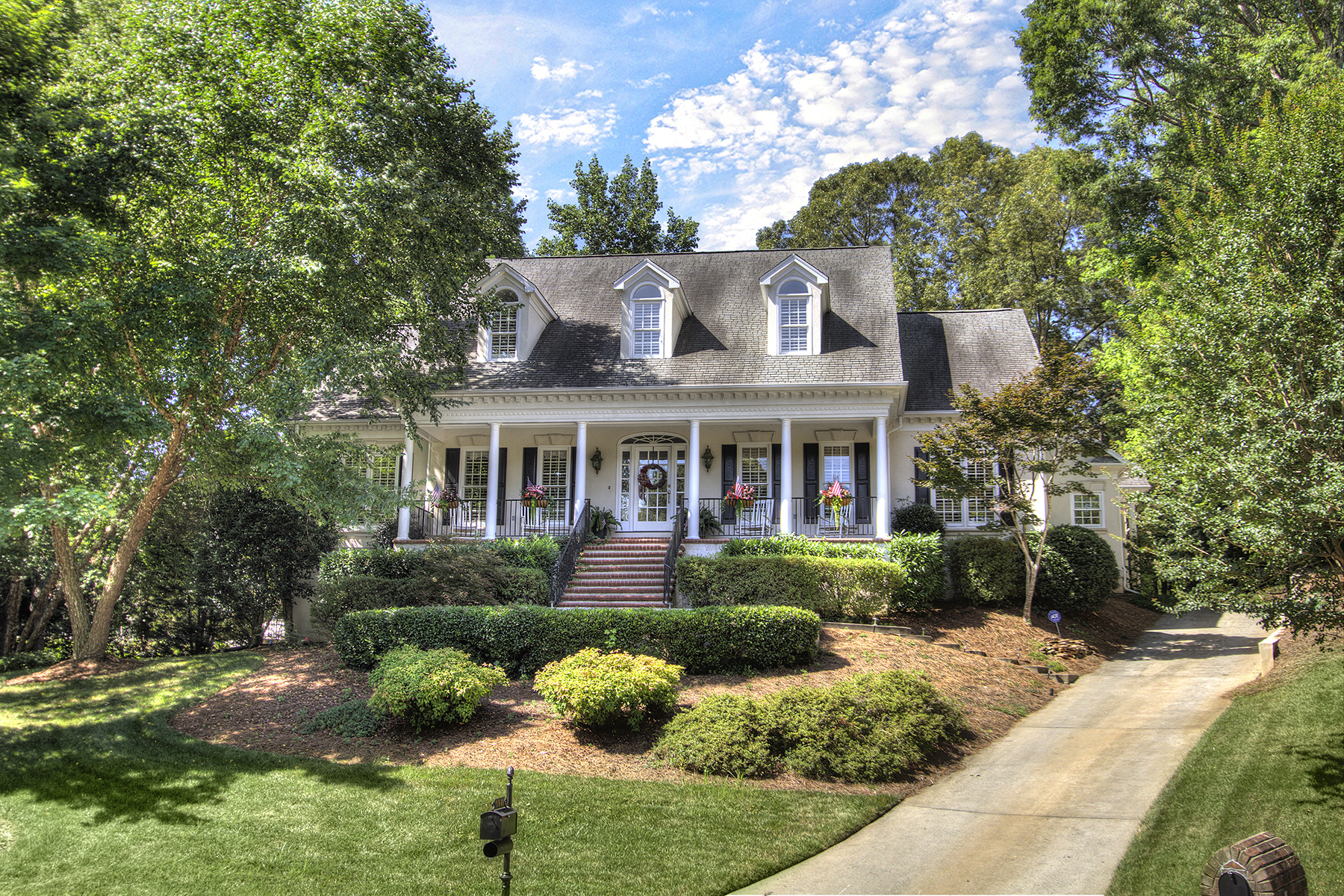 Single Family Home for Sale at 5501 Camelot Dr , Charlotte, NC 28270 5501 Camelot Dr Charlotte, North Carolina, 28270 United States