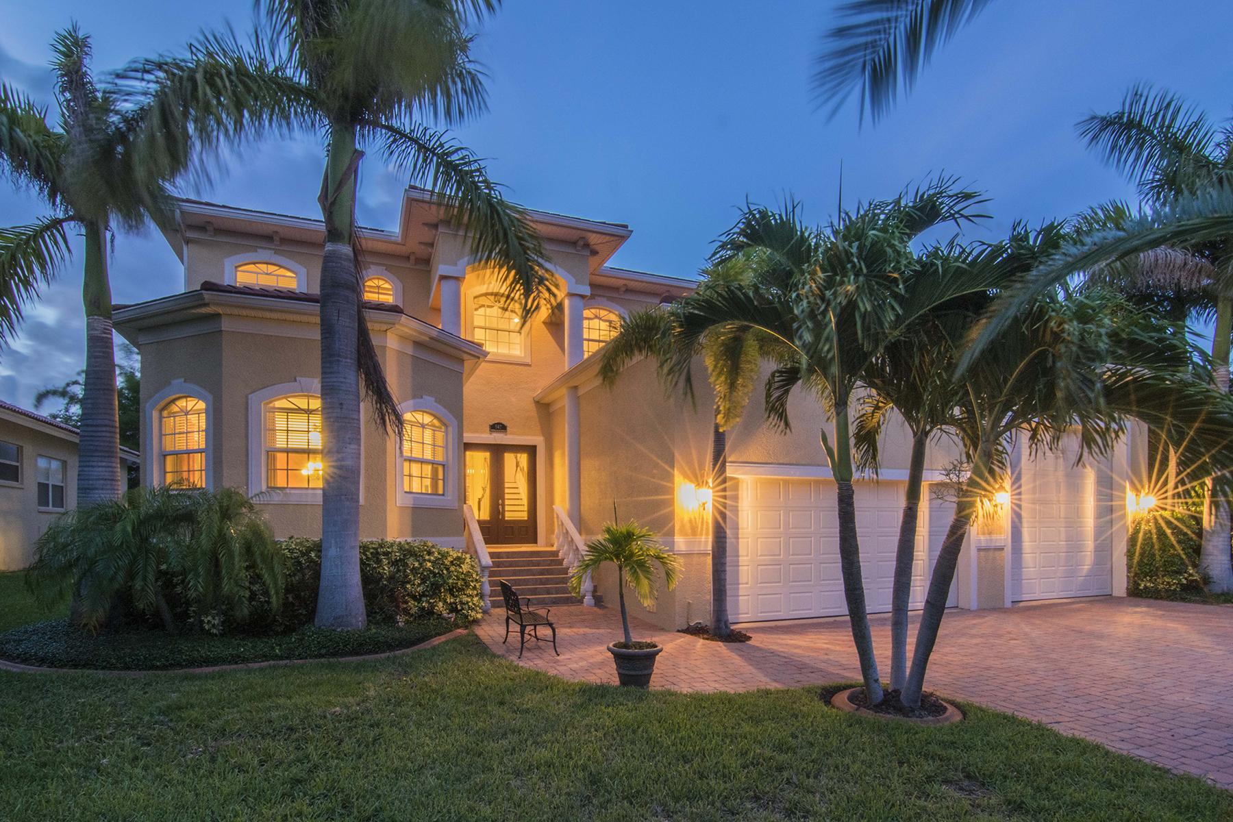 Частный односемейный дом для того Продажа на TIERRA VERDE 647 Santa Maria Dr Tierra Verde, Флорида 33715 Соединенные Штаты
