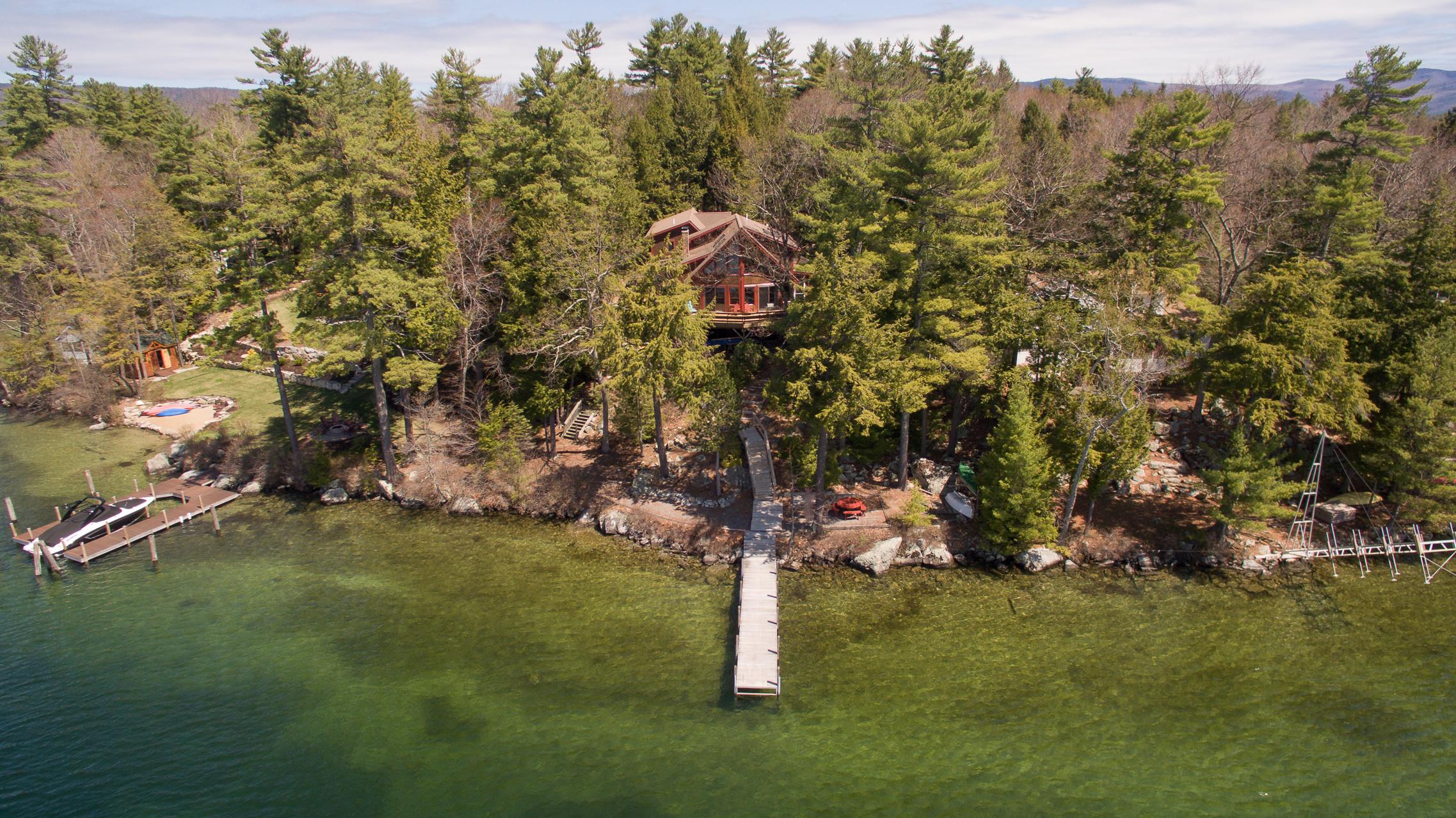 Maison unifamiliale pour l Vente à 17 Grassy Pond Rd, Moultonborough Moultonborough, New Hampshire, 03254 États-Unis