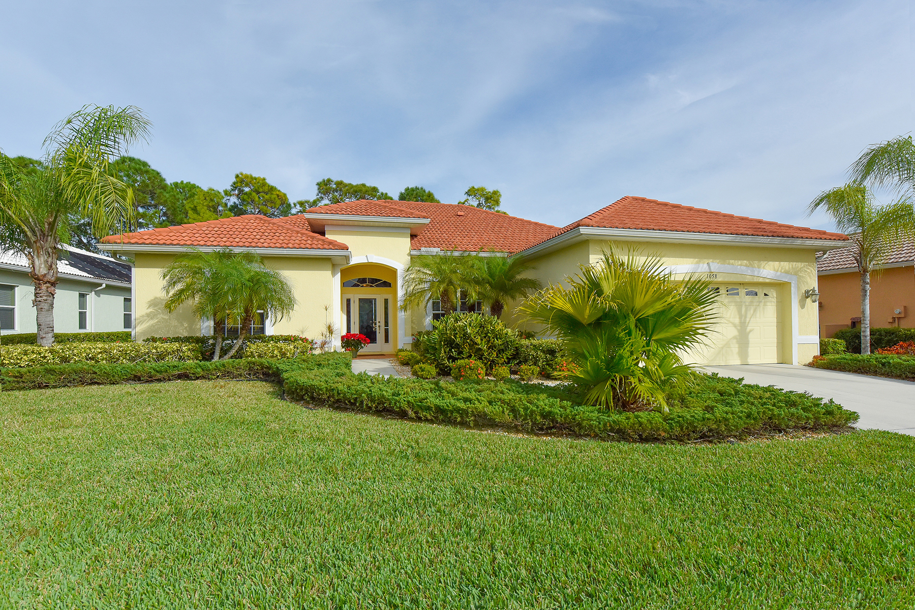 Single Family Home for Sale at PELICAN POINTE 1058 Tuscany Blvd Venice, Florida 34292 United States