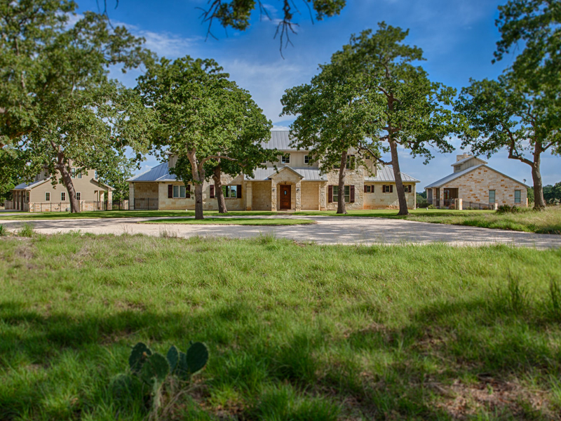 Single Family Home for Sale at Private Hill Country Estate in Boerne 6823 Ranger Crk Boerne, Texas 78006 United States