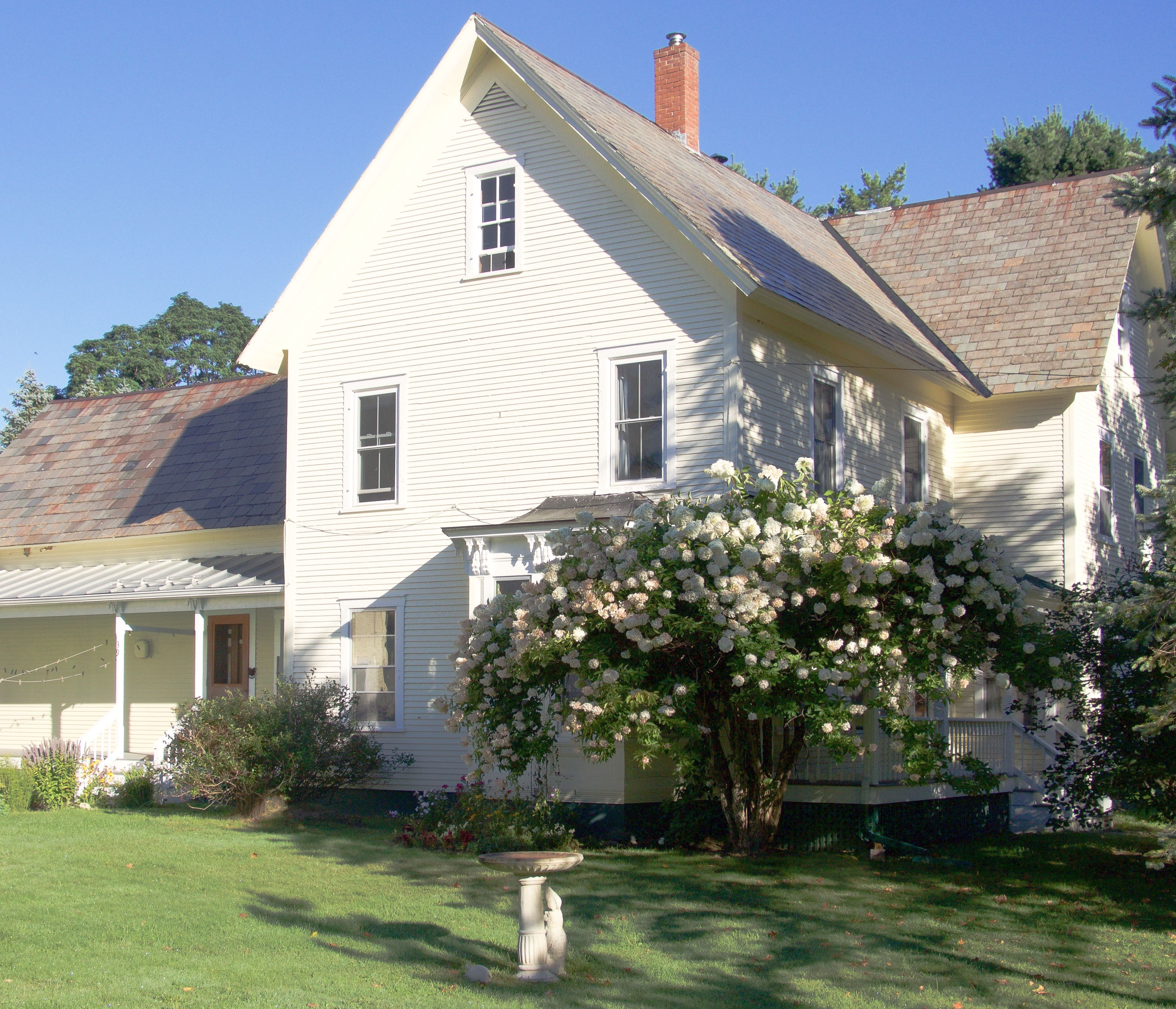 Single Family Home for Sale at 39 Quaker, Lincoln 39 Quaker St Lincoln, Vermont, 05443 United States
