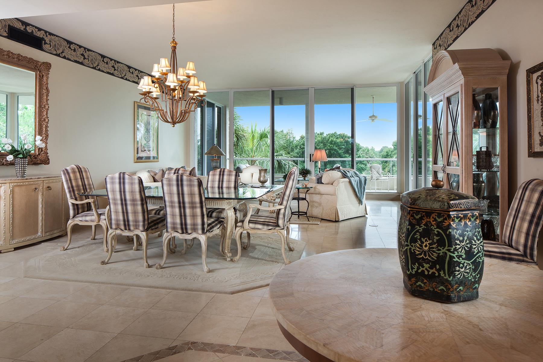 콘도미니엄 용 매매 에 2630 Grey Oaks Dr N, B-19, Naples, FL 34105 2630 Grey Oaks Dr N B-19 Naples, 플로리다 34105 미국