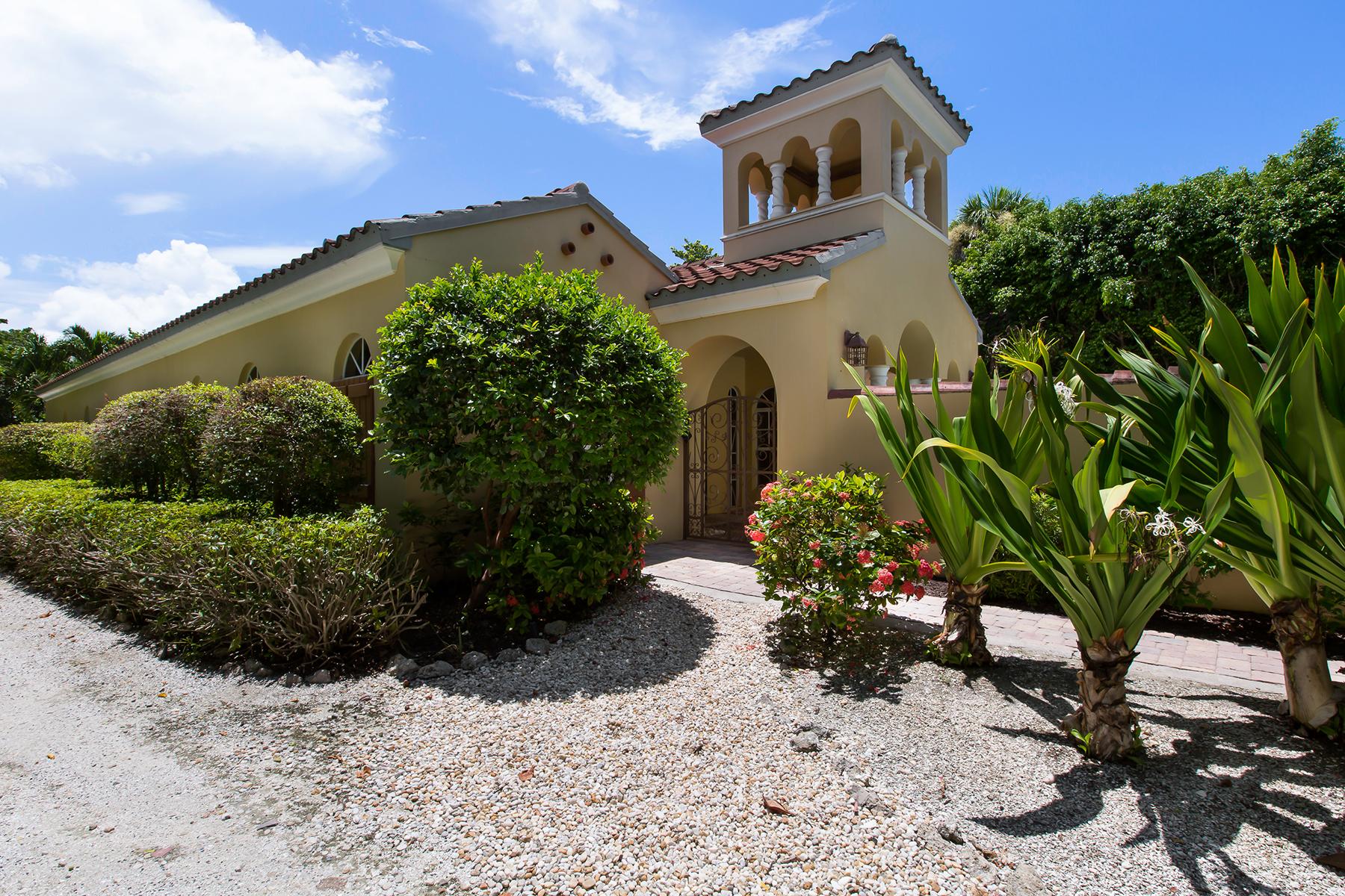 Maison unifamiliale pour l Vente à Captiva 16167 Captiva Dr Captiva, Florida, 33924 États-Unis