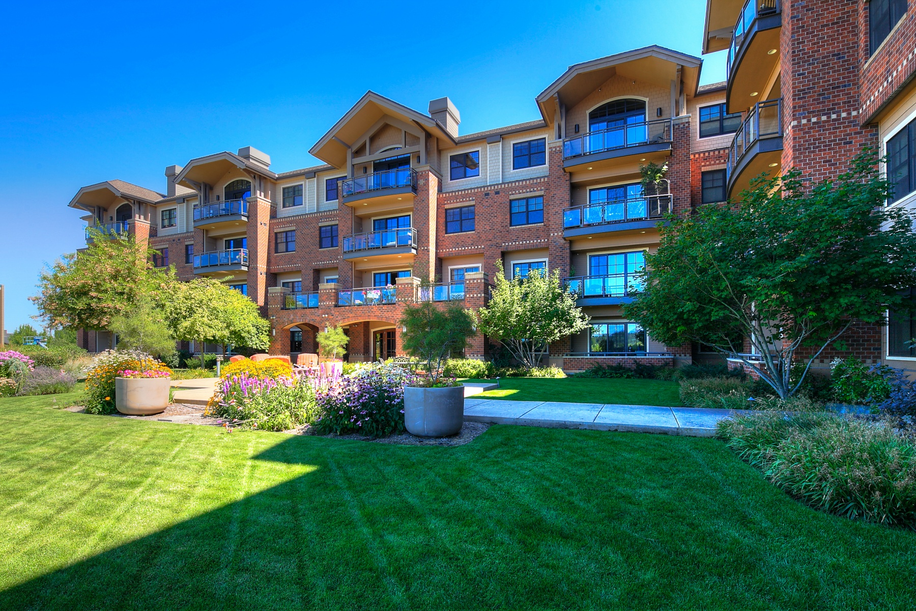 sales property at Great Unit at The Plaza!