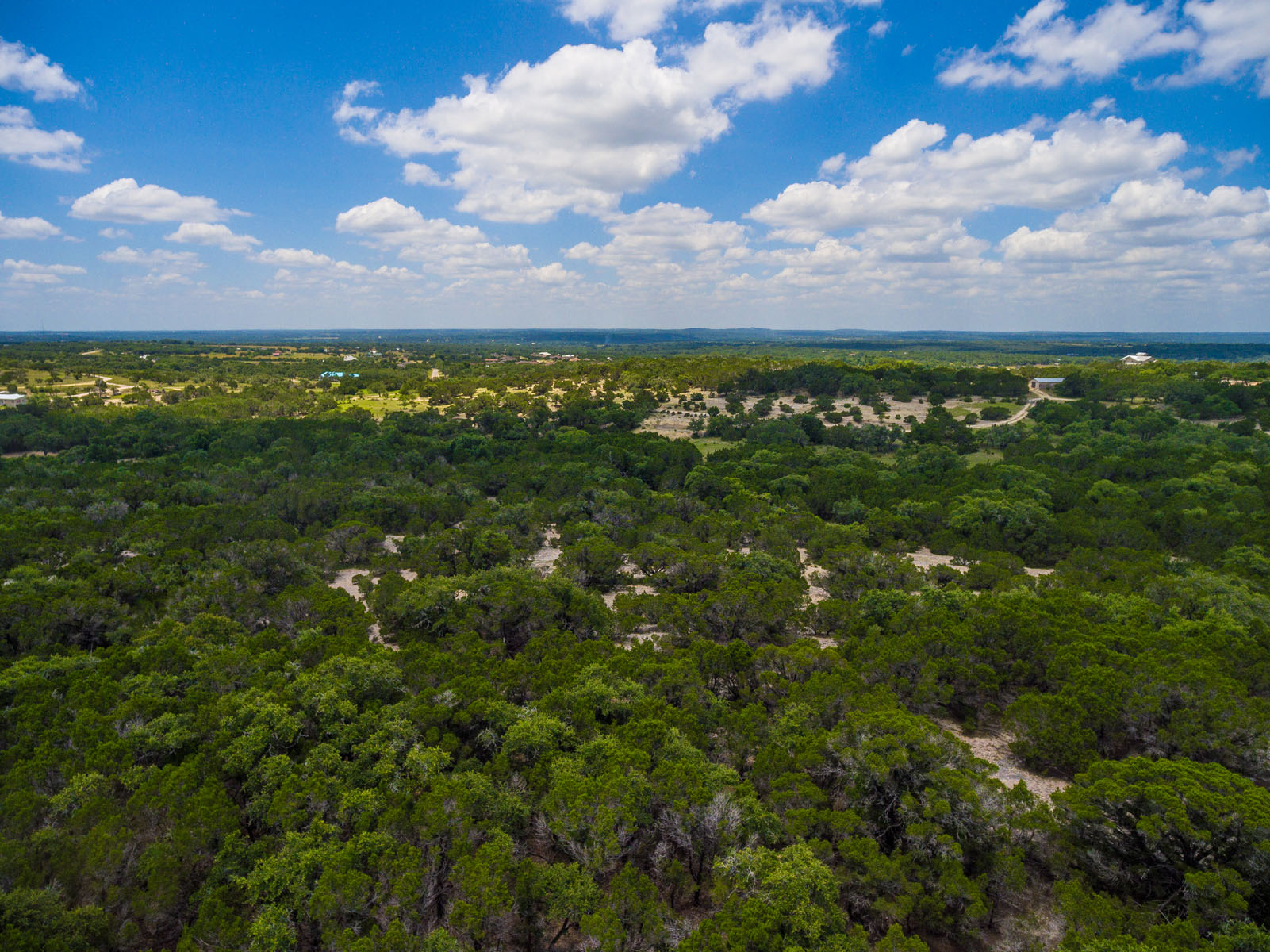 Additional photo for property listing at Prime Location with Panoramic Views 400 S Canyonwood Dr Dripping Springs, Texas 78620 United States