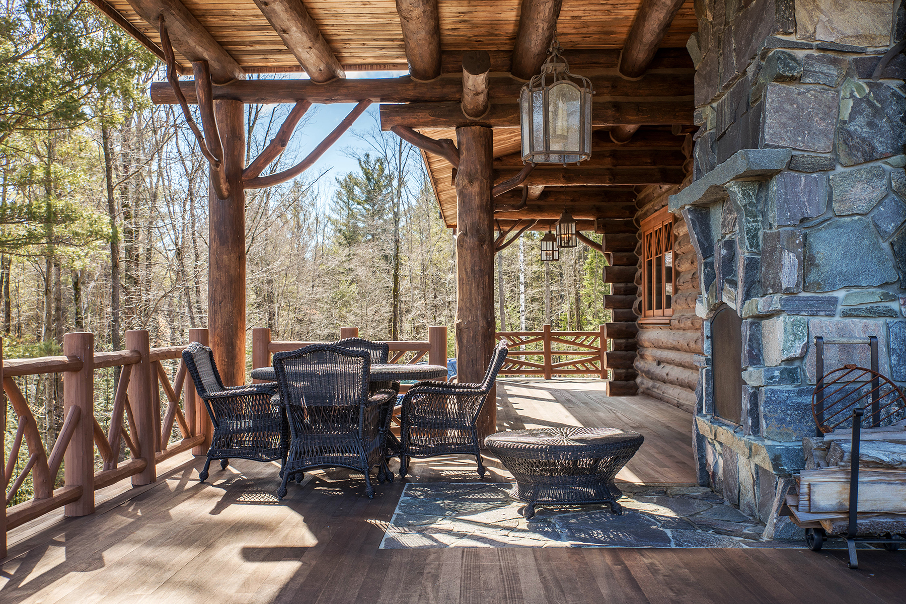 Additional photo for property listing at Skye Notch 490  Loch Muller Rd Schroon Lake, Нью-Йорк 12870 Соединенные Штаты