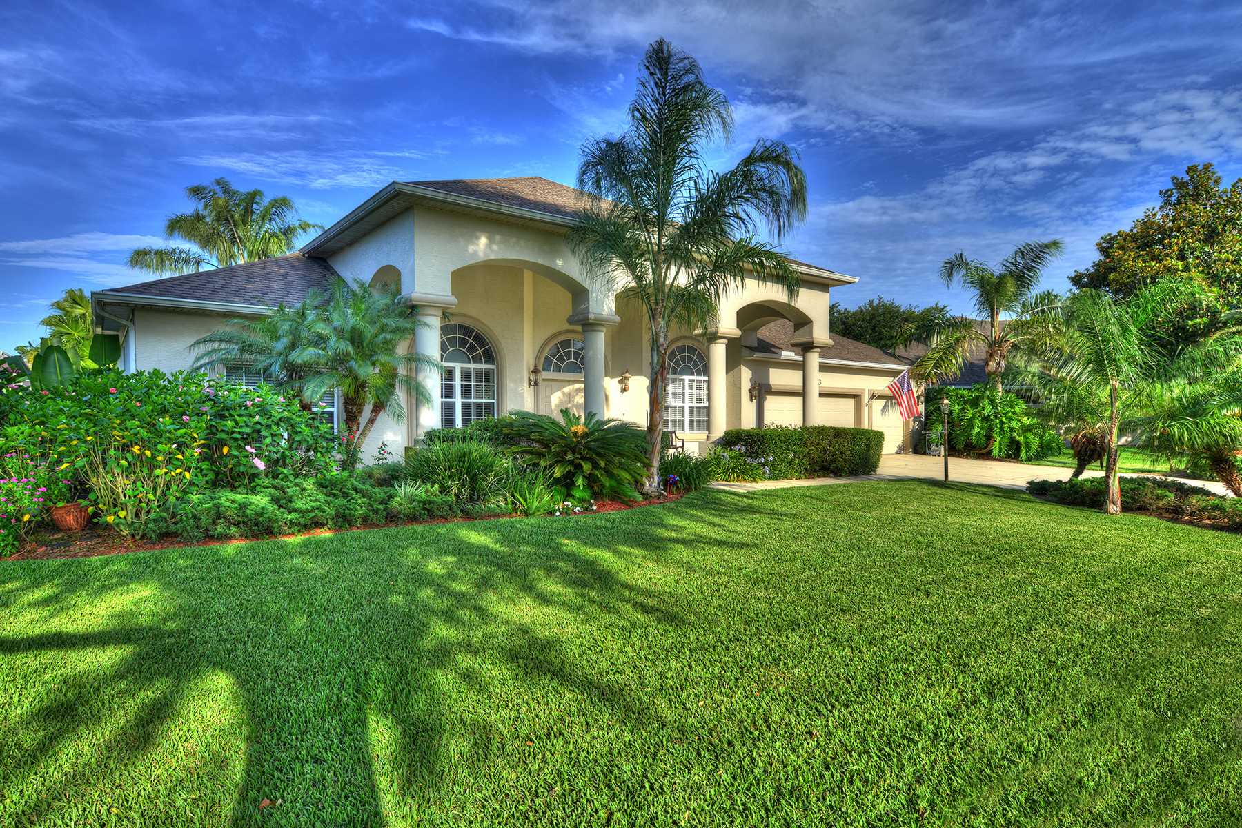 Single Family Home for Sale at SPRUCE CREEK AND THE BEACHES 6063 Sabal Crossing Ct Port Orange, Florida, 32128 United States