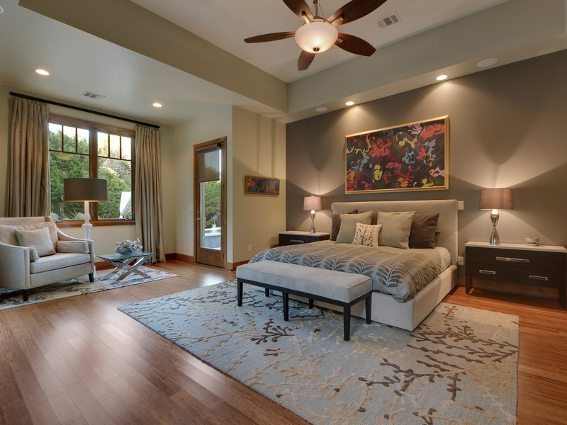 Additional photo for property listing at Classic Contemporary on Over an Acre 8520 Calera Dr Austin, Texas 78735 Estados Unidos