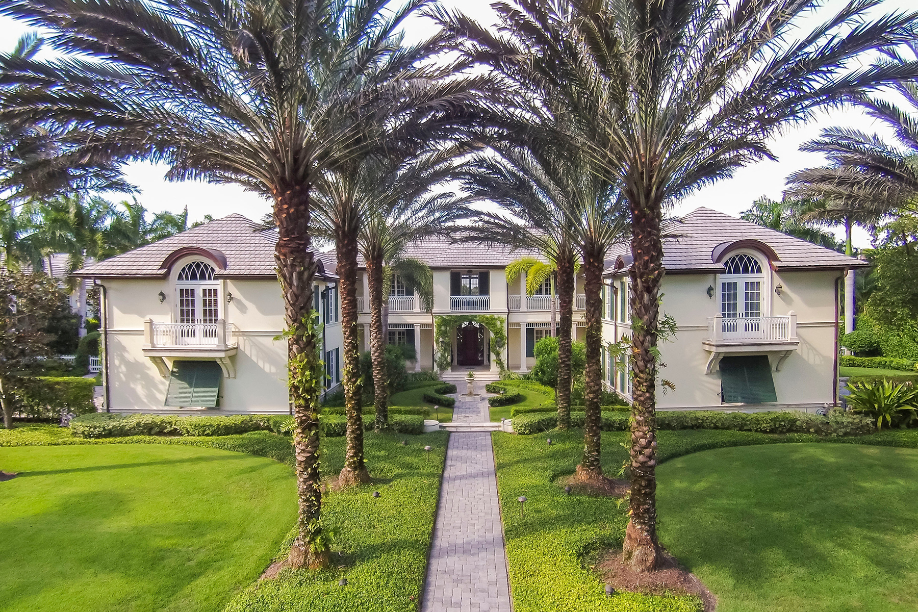 Single Family Home for Sale at PORT ROYAL 4100 Rum Row Naples, Florida 34102 United States