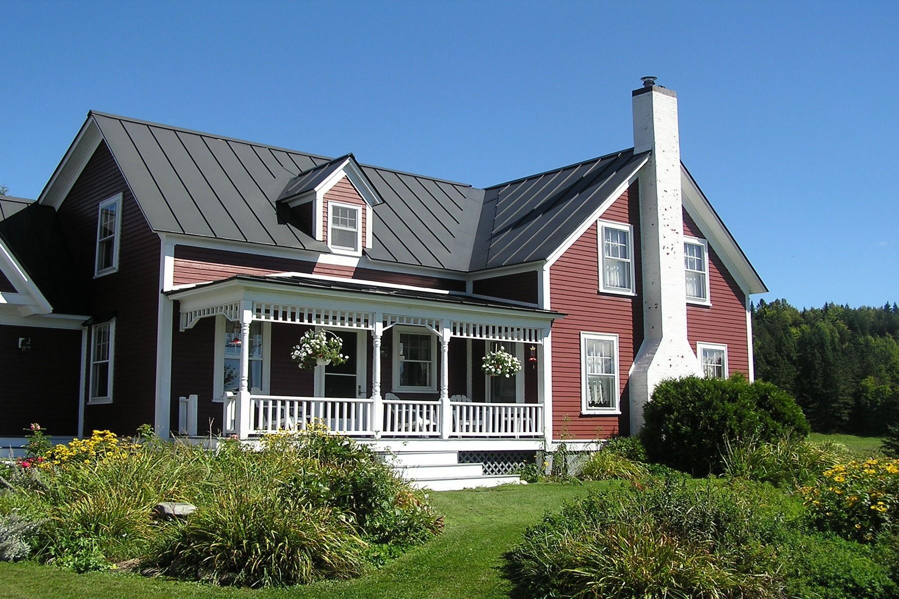 Casa Unifamiliar por un Venta en 2651 Route 16, Greensboro Greensboro, Vermont, 05842 Estados Unidos