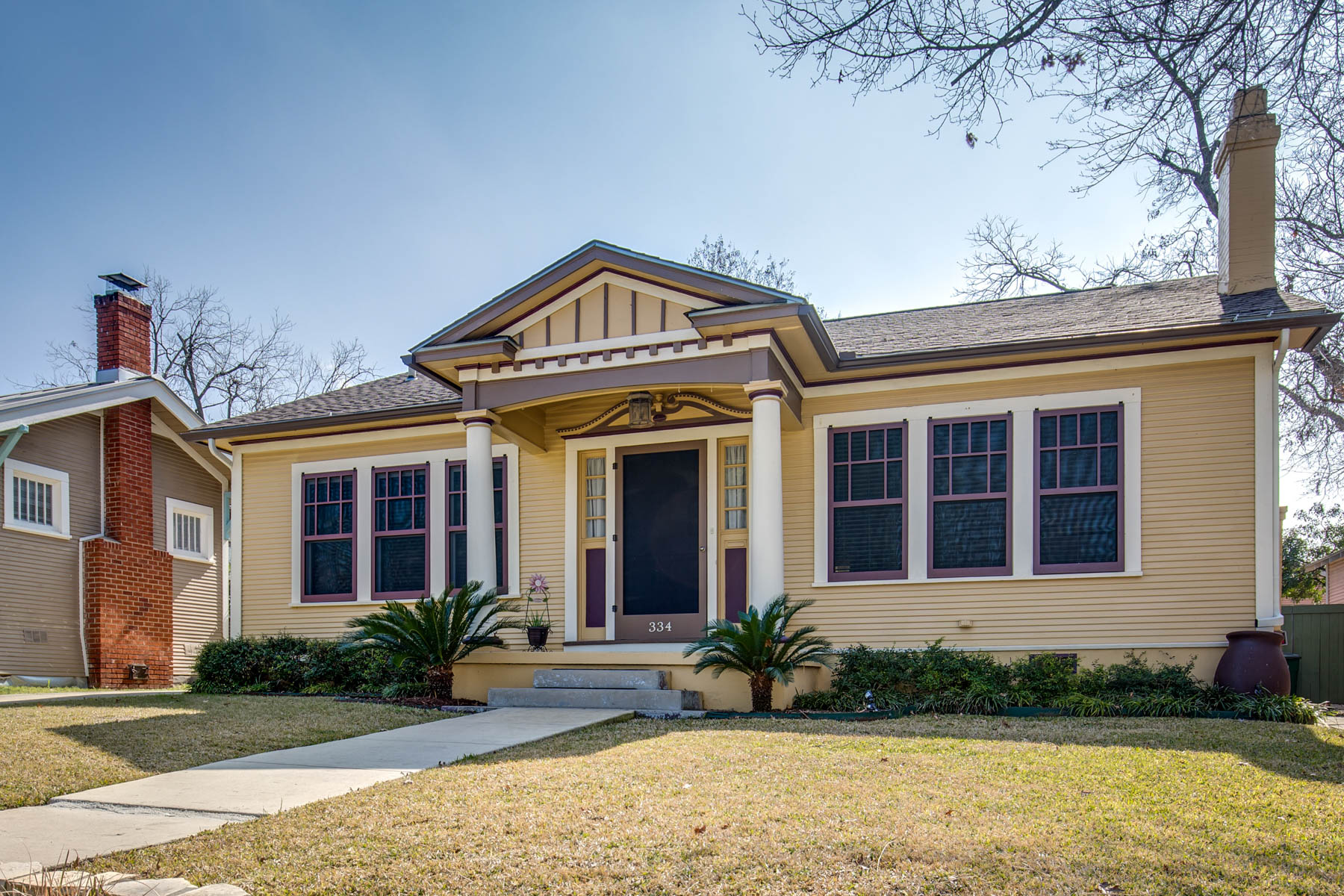 Single Family Home for Sale at Beautiful Home in Wonderful Mahncke Park 334 Thorman Pl San Antonio, Texas 78209 United States