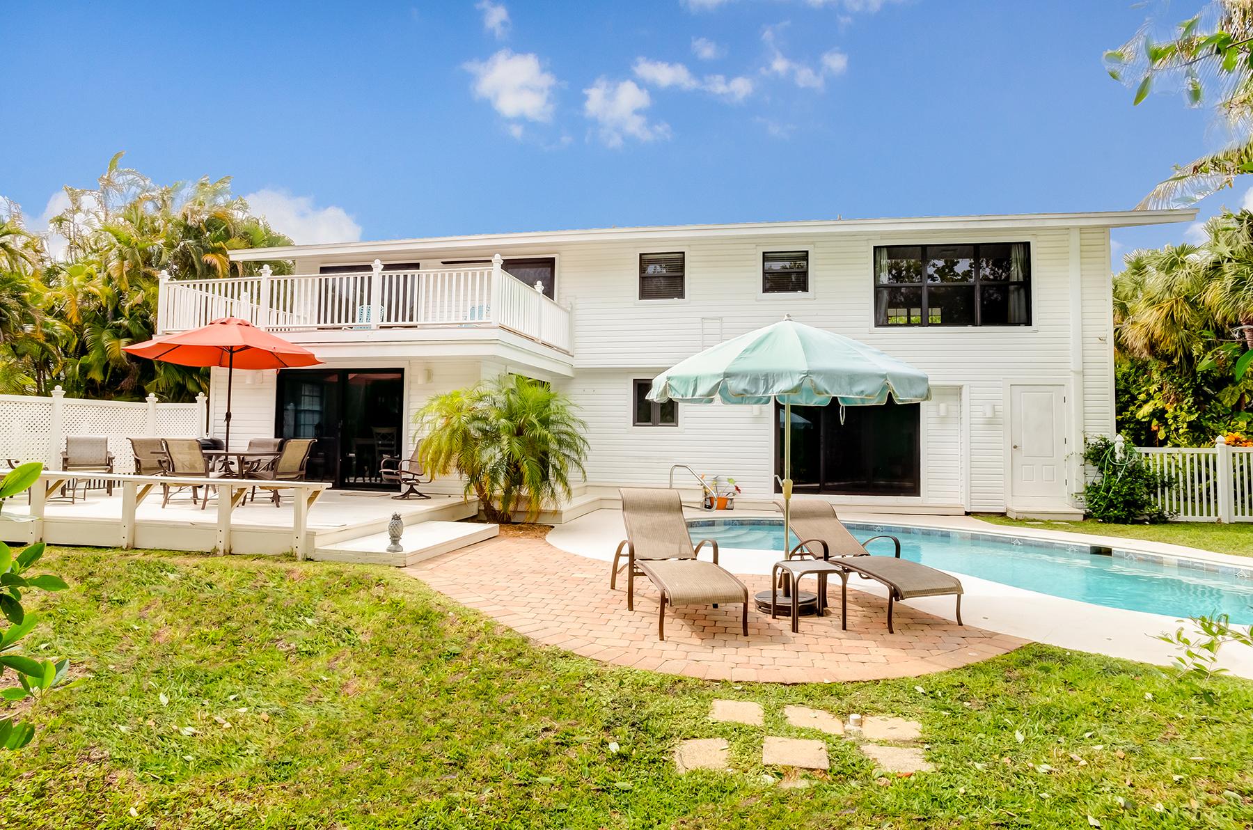 Maison unifamiliale pour l Vente à SANIBEL 931 S Yachtsman Dr, Sanibel, Florida 33957 États-Unis