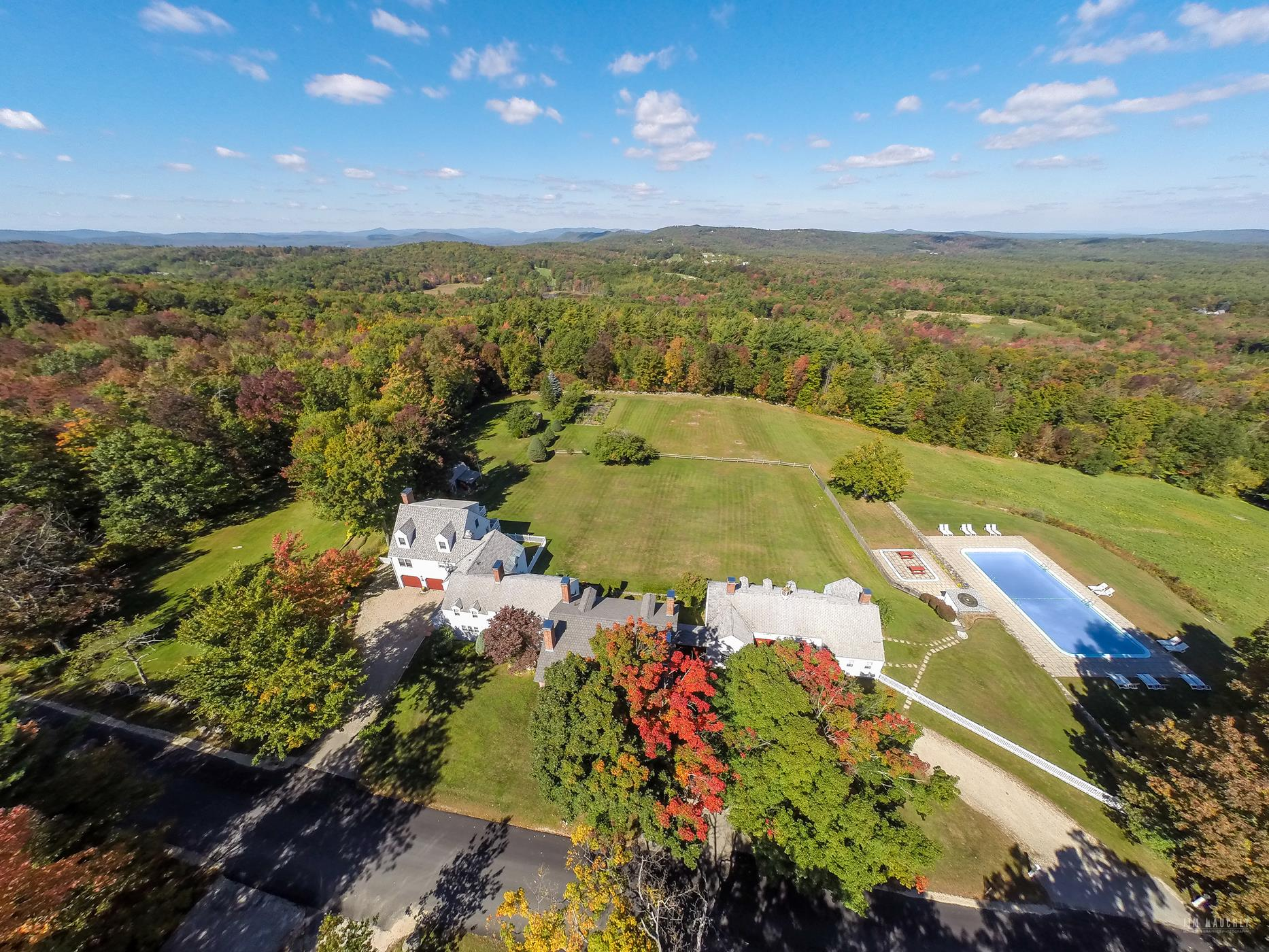 Single Family Home for Sale at Inn at Crotchet Moun 534 Mountain Rd Francestown, New Hampshire 03043 United States