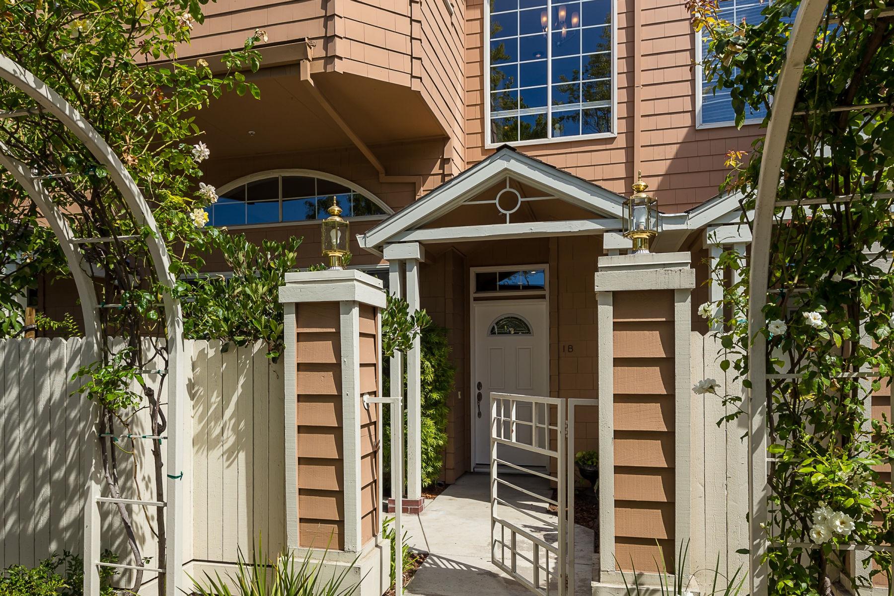 Maison unifamiliale pour l Vente à San Antonio #1B 444 San Antonio #1B Palo Alto, Californie 94306 États-Unis