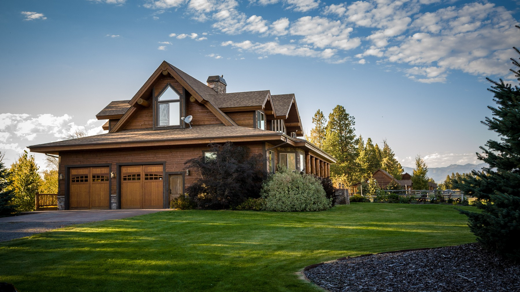 Additional photo for property listing at 62 Gentry Way , Columbia Falls, MT 59912 62  Gentry Way Columbia Falls, Montana 59912 United States
