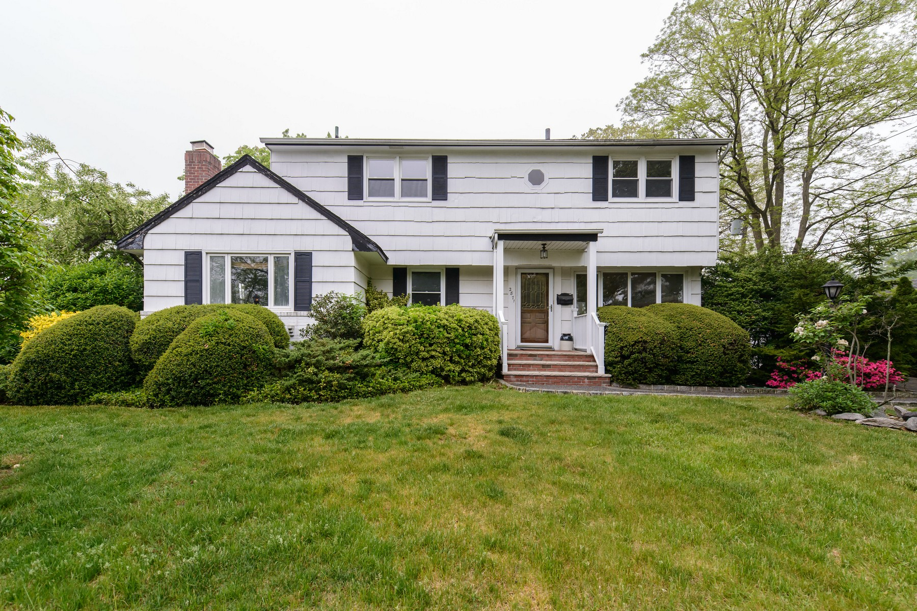 Single Family Home for Sale at Exp Cape 2871 Campbell Ave Wantagh, New York 11793 United States