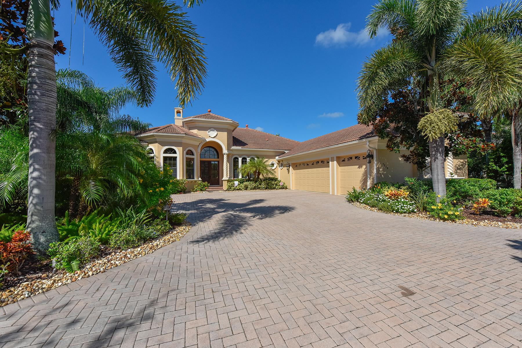 独户住宅 为 销售 在 LAKEWOOD RANCH 7218 Teal Creek 莱克伍德牧场, 佛罗里达州, 34202 美国