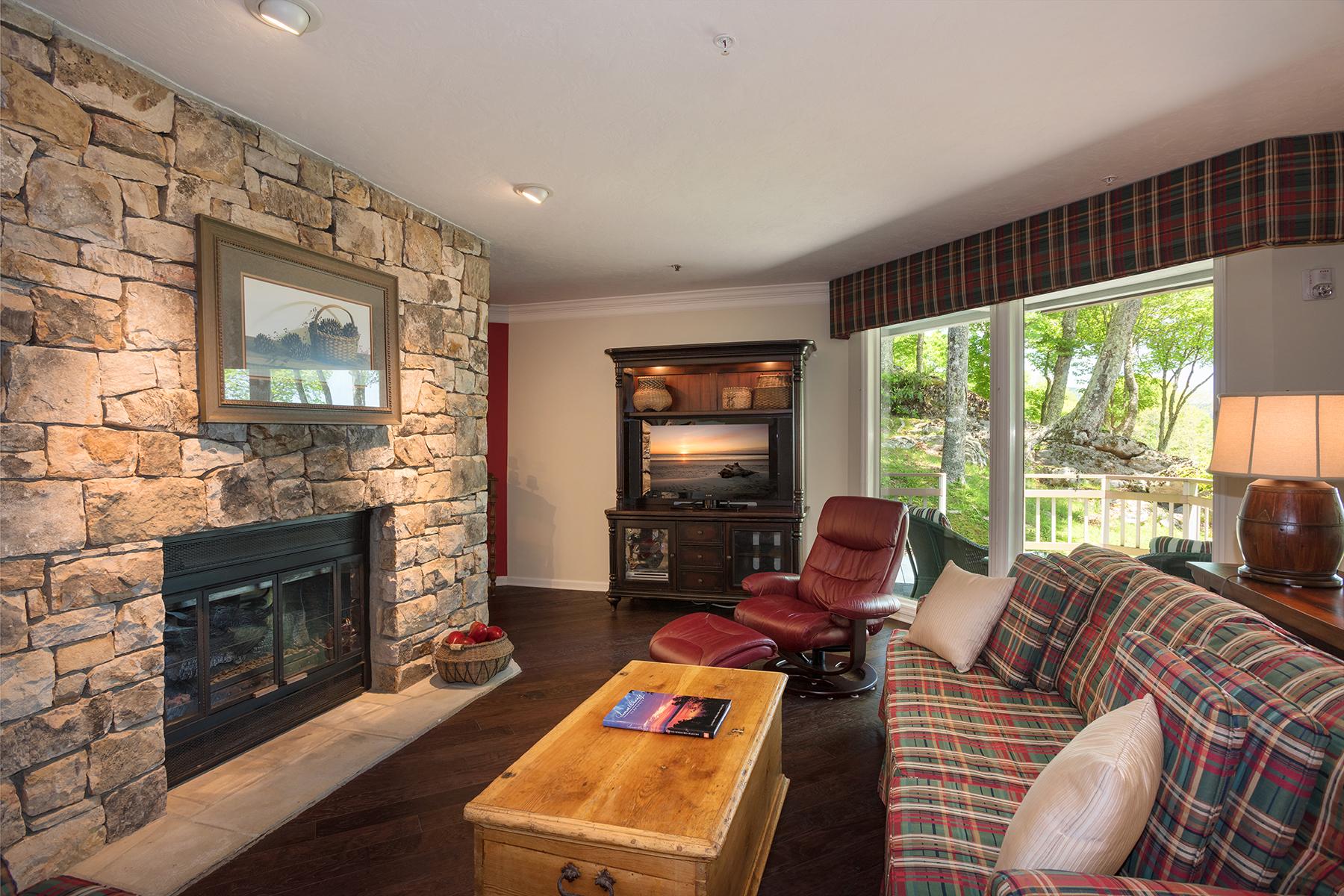 Condominio por un Venta en LINVILLE - LINVILLE RIDGE 103 Branlaire Drive Linville, Carolina Del Norte, 28646 Estados Unidos