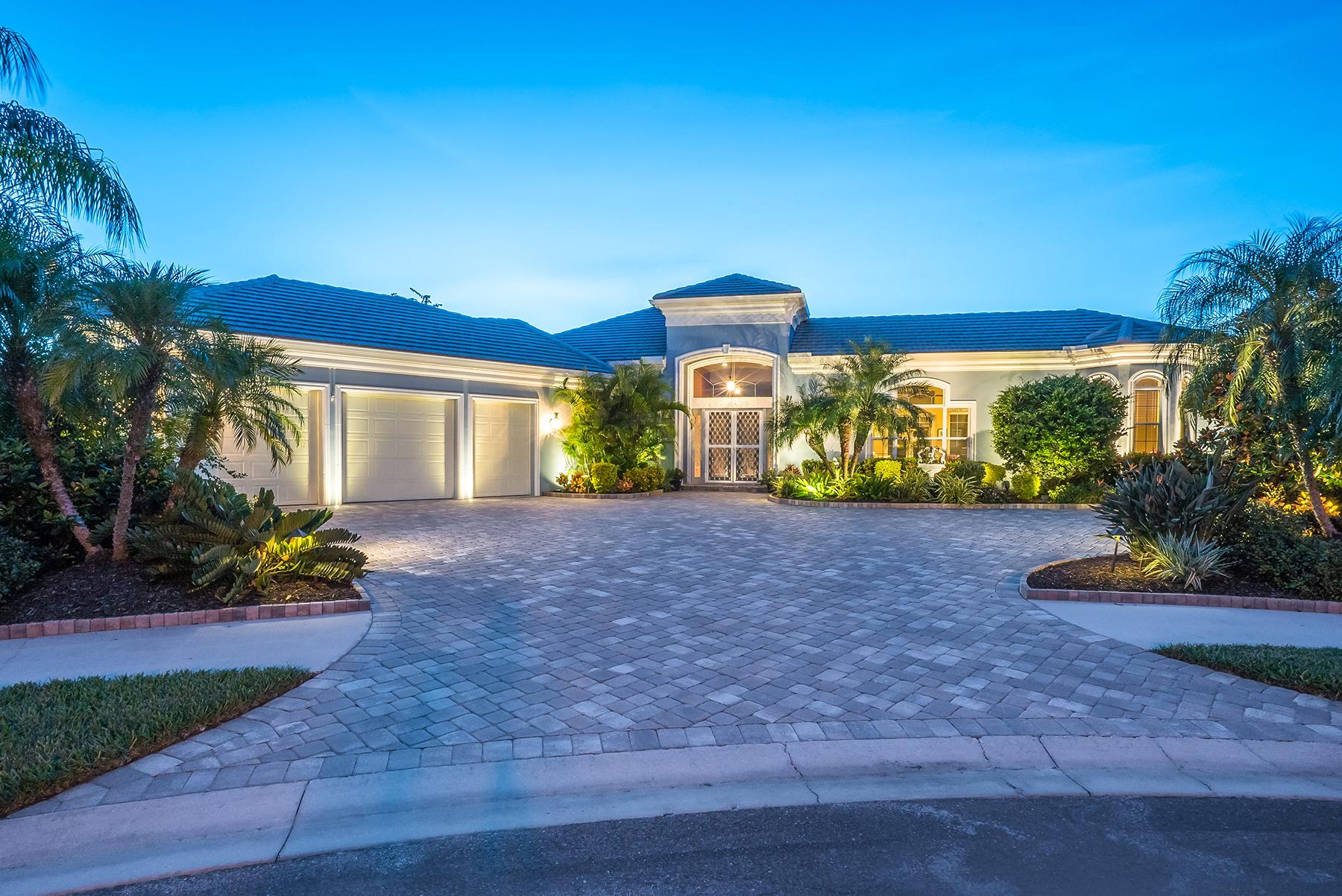 Nhà ở một gia đình vì Bán tại BOCA ROYALE 21 Carisa Royale Ct Englewood, Florida, 34223 Hoa Kỳ