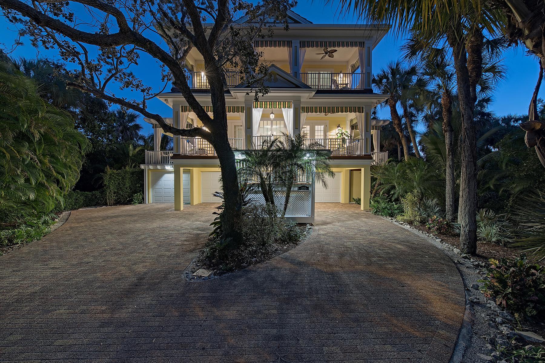 独户住宅 为 销售 在 MARCO ISLAND 361 Periwinkle Ct 马可岛, 佛罗里达州, 34145 美国