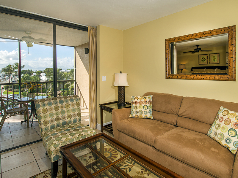 Condomínio para Venda às Ocean Reef - Yachtsman's Inn 650 Beach Road Unit 203 Ocean Reef Community, Key Largo, Florida, 33037 Estados Unidos