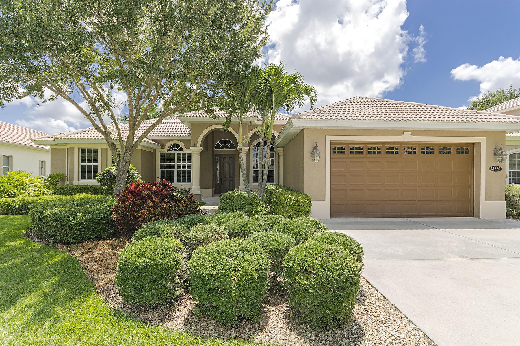 Maison unifamiliale pour l Vente à INDIGO LAKES 14520 Jekyll Island Ct Naples, Florida 34119 États-Unis