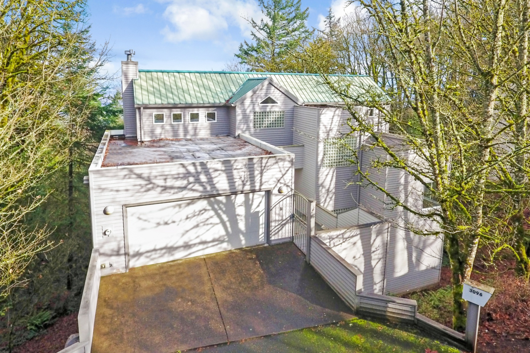 独户住宅 为 销售 在 3096 SW FAIRMOUNT BLVD, PORTLAND 波特兰, 俄勒冈州, 97239 美国